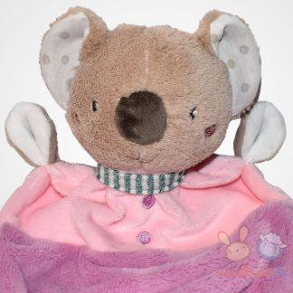 Beauty Baby rózsaszín ruhás koala szundikendő, közelről